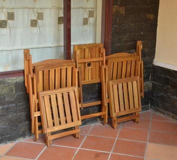 Set da giardino: divanetti, poltroncine, tavoli e sedie